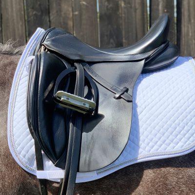 Valleyhorsewear Dressage Saddle Pad-White