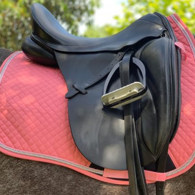 Valleyhorsewear Dressage Saddle Pad-Pink